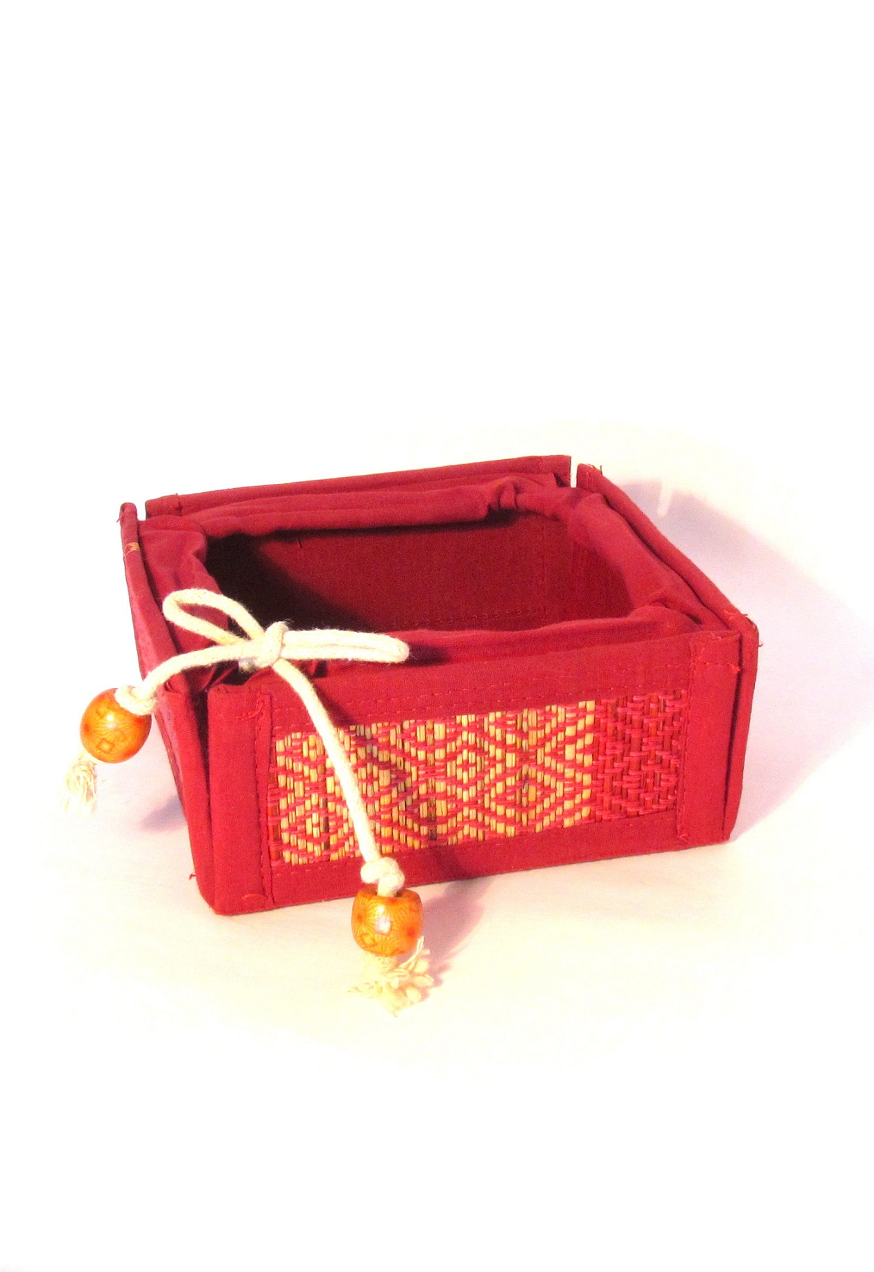 Red Natural Grass and Cotton Folding Baskets