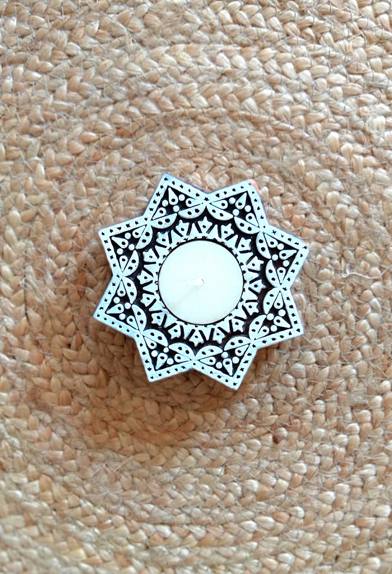 Star Carved Wood Tealight