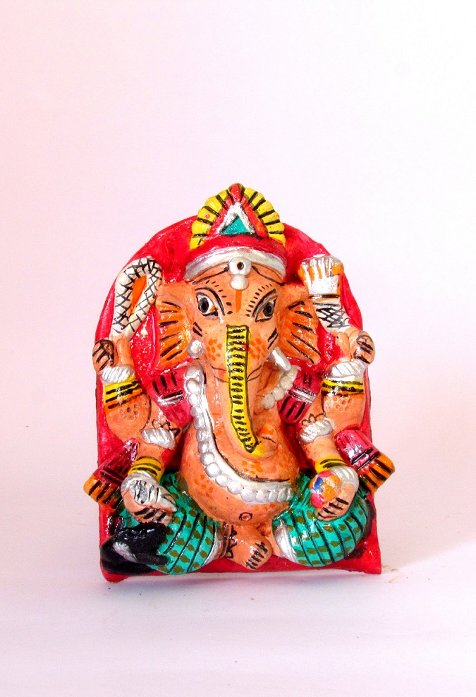 Handcarved & Handpainted Clay Ganapati 5