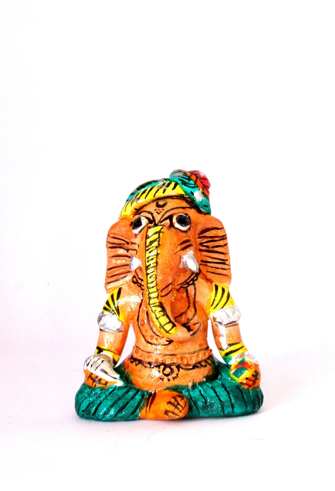 Handcarved & Handpainted Clay Ganapati 10