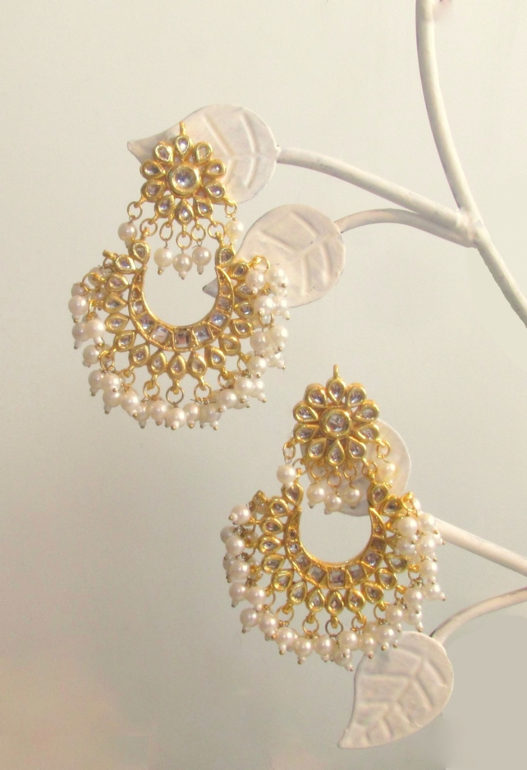 Jadau Loop Gold Earrings