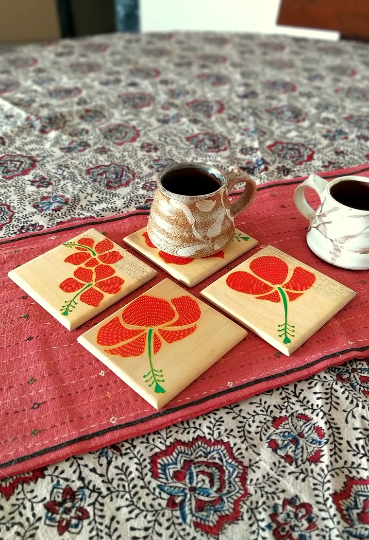 Hibiscus Bloom Wood Square Coasters in Pattachitra - Set of 4