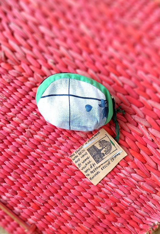 Handmade & Recycled Fabric Coin Purse 4