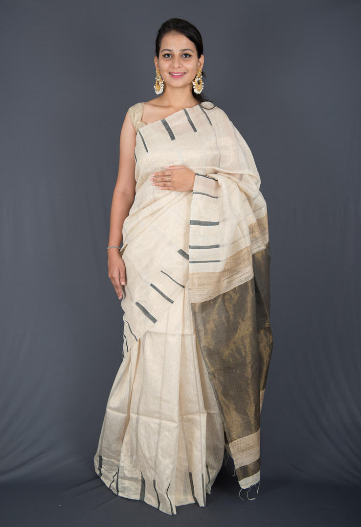 Pearl White and Gold Streaked Matka Silk Saree